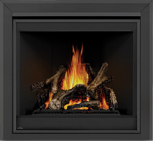 Ascent X 70 shown with MIRRO-FLAME™ Porcelain Reflective Radiant Panels, Bevelled Trim, PHAZER® Logs