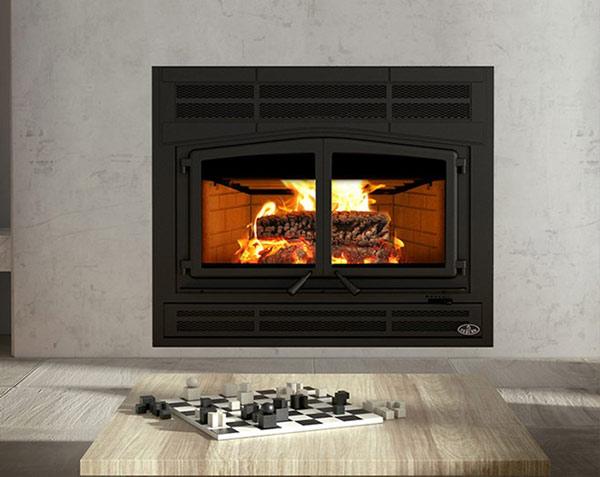 Osburn Horizon wood fireplace shown in living room straight on